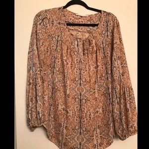 Violet + Claire Tan Printed Blouse size Large
